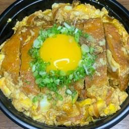 Pork cutlet rice bowl(カツ丼)