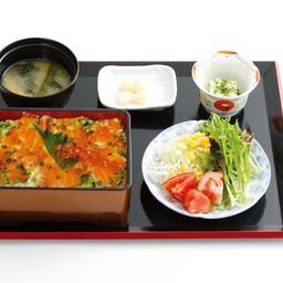 Salmon Ikura Jyu
