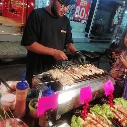 STREET BBQ (หน้าร้านทองราตรี)