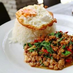ข้าวต้มและอาหารตามสั่ง (เจ๊จูน พริกแกงใต้) ข้าวต้มและอาหารตามสั่ง (เจ๊จูน พริกแกงใต้)