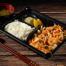 ชุดข้าวหมูผัดกิมจิ