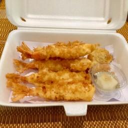 Shrimp tempura กุ้งทอดเทมปุระ