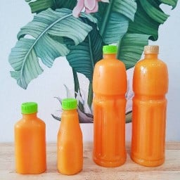 น้ำส้มคั้นสด by bow