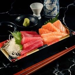 22 Maguro&Salmon Sashimi