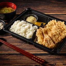 ชุดข้าวไก่ทอดซอสนัมบัง