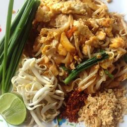 สมเด็จ ผัดไทย หอยทอด