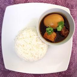 ขนมจีนน้ำยาปูแกงใต้ by คุณยินดี
