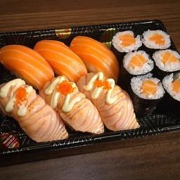 SALMON 3KIND (sushi salmon,aburisalmon,salmonroll)