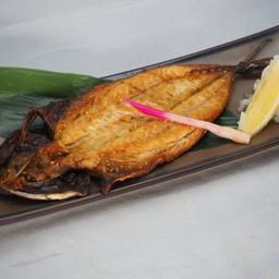 ปลาซาบะแห้งย่าง  เกลือหรือย่างซีอิ้ว