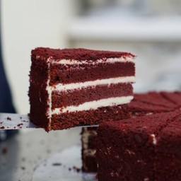 P - เรดเวลเวทเค้ก
