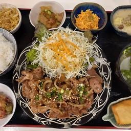 Pork shogayaki set (เซ็ทหมูผัดซอสขิง)