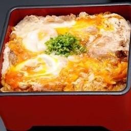 ข้าวหน้าไก่ย่างราดไข่โอยาโกะจู