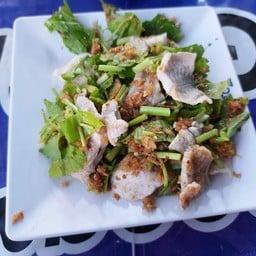 ร้านข้าวต้มหัวปลาเมืองชล นครสวรรค์
