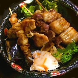 Kushi Yaki Mori 5pcs.(teriyaki soysauce) เมนูเสียมไม้ย่าง รวม5ไม่ ซีอิ๊ว