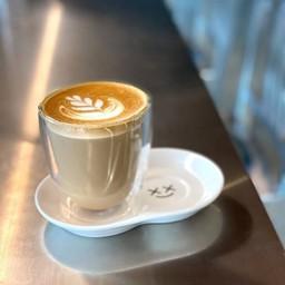 [Hot] CAFE LATTE