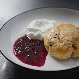 Scone with company