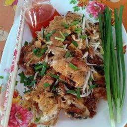 ตากุ๊กหอยทอดผัดไทย  (ท่าแค)