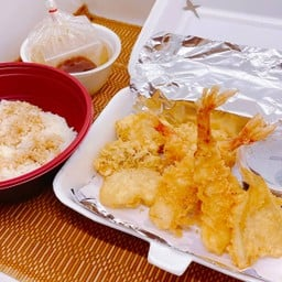 TenDon (with Miso soup)  ข้าวหน้าเทมปุระ (พร้อมซุปมิโซะ)