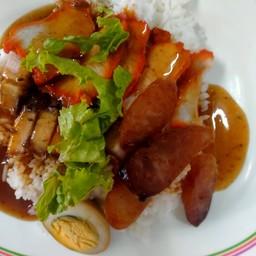 ข้าวแกง ขนมจีน ส้มตำ อาหารอีสาน byใบเฟิร์น สาขา1แมคโครหาดใหญ่