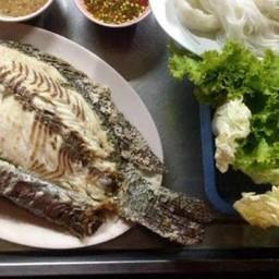เจ๊ต่ายเมี่ยงปลาเผา