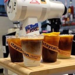 Staycation Specialty Coffee ตลาดรวมทรัพย์ อโศกมนตรี