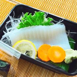 Ika Sashimi ปลาหมึก