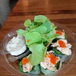 สลัดโรลไก่. Chicken Salad Roll