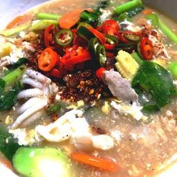แม่ผัดลูกชิม อาหารตามสั่ง อาหารไทย