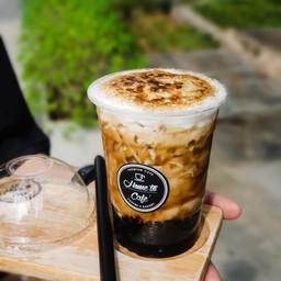 Fire Brown Sugar with Taiwan Milk Tea