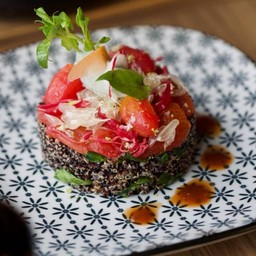 Black & White Quinoa salad