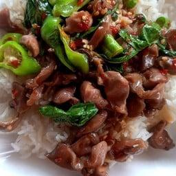 ร้านครัวไทยแศ่บสะออนbyตำลิ้นรัวอาหารตามสั่ง