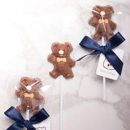 Teddy Bear- Milk chocolate lollipop