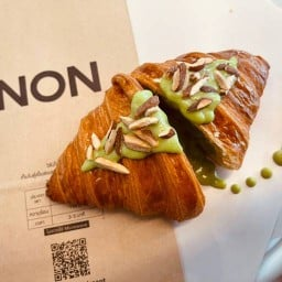NON Croissant