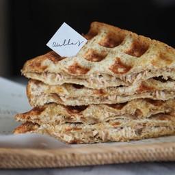 แซนวิชทูน่ามายองเนสสุดคลาสสิค Classic Tuna Mayo Sandwich