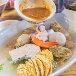 ข้าวต้มปลาเกาะสีชัง สาขาบางพระ