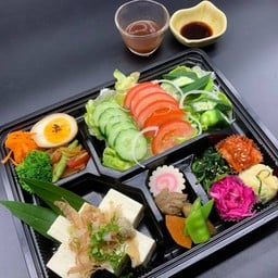 Low carbohydrate side dish lunch box(糖質オフお惣菜弁当)