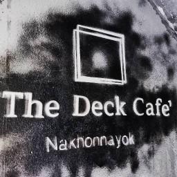 คาเฟ่ลับ The Deck Cafe ( ซ.ชลประสิทธิ์4 )