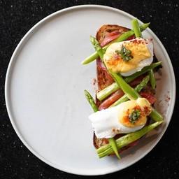 Bacons Egg Benedict
