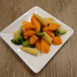 ผัดผักสามชนิด