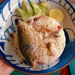 ลูกชิ้นปลาระเบิด-ข้าวคลุกปลาทู (ข้าวแมว🐱)
