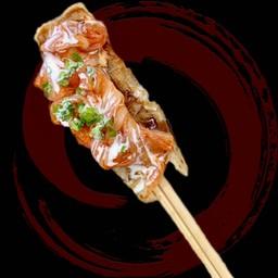 Kimuchi okonomiyaki chopstick roll (キムチはし巻き)