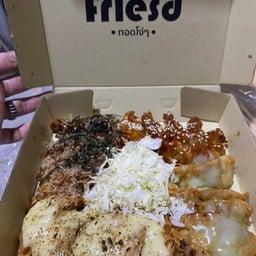 Stupid Fries ปั้ม ปตท 309 ถนน เทพรักษ์ แขวง ท่าแร้ง เขตบางเขน กรุงเทพมหานคร