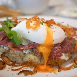 Beef Stew Toast(Poached Egg)