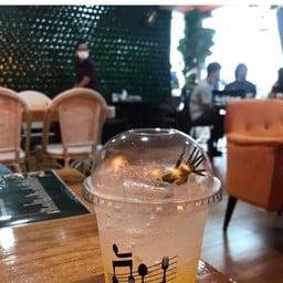 H&S cafe'