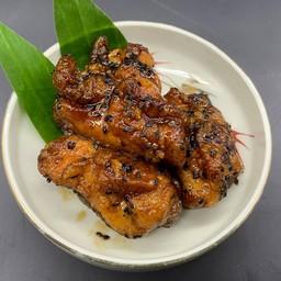 Pickled fried chicken(aged black sauce) 漬け唐揚げ(熟成黒だれ)