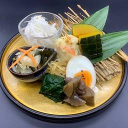 Omakase side dish(おまかせ副菜盛り)