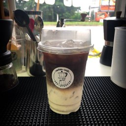 MaKa.Coffee กาแฟสด-บดมือ