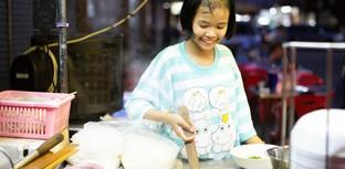 [รีวิว] น้องอุ้ม ร้านก๋วยเตี๋ยวจากสาวตัวเล็กใจใหญ่วัย 10 ปี
