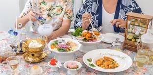"""[รีวิว] """"เสน่ห์จันทน์"""" ร้านอาหารอิตาเลียนในบรรยากาศไทยย้อนยุค"""