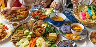 [รีวิว] รสโปรด ร้านอาหารไทยอีสาน พร้อมโปรฯ 10% และหมี่กรอบโบราณฟรี!